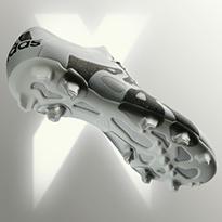 حصريّاً لدى سن أند ساند سبورتس: الإصدار الأبيض من حذاء X15 من أديداس