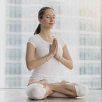 تمارين اليوغا سهلة وبسيطة